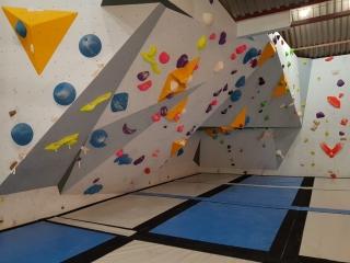 Boulder Shack Climbing Gym Southampton Competiton Wall